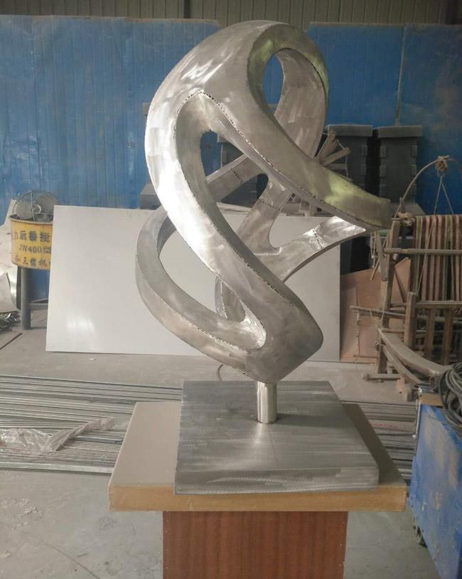 陕西玻璃钢雕塑